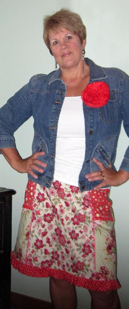 Kay whitt skirt view 1